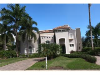Moderna Mansion en Valle Escondido