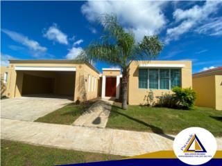Casa en bella urbanización en Gurabo.