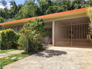 HOUSE FOR SALE NEAR THE LAKE DOS BOCAS PIER