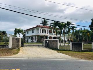 Residencia de: 4 habs / 3 Baños y 1.6 Acre $365K