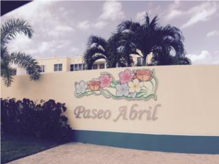 Paseo Abril Puerto Rico