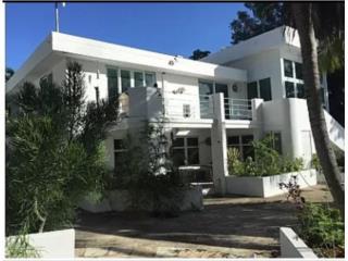 Quintas de Monserrate, Ponce 5/4, $350,000.