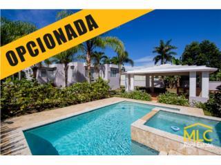 Casa, piscina y gazebo - Miraflores, Arecibo