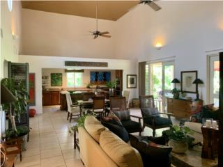 JUST LISTED** SPACIOUS* ONE LEVEL RESIDENCE
