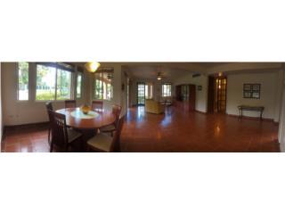 Great Villa, private with Beach access