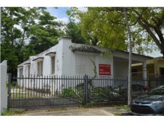 Edificio de 1,750 SF en Urb Caribe - Rio Piedras