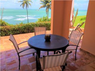 Beachfront house with amazing ocean views