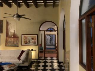 Old San Juan- Magnificent 3 Interior Court Yard