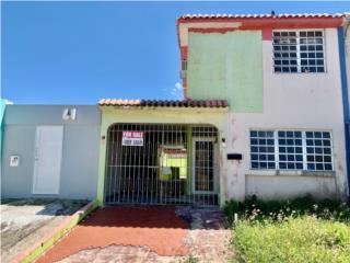 TOWN HOUSE PARA REMODELAR EN URB EL CORTIJO