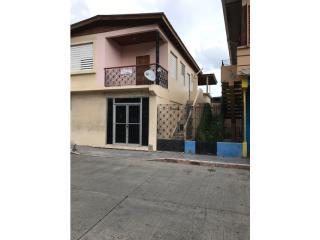 Se vende casa con bajos comercial Bienes Raices Puerto Rico