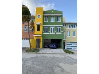 Villa de 3 Niveles con Muelle propio, Slip#36