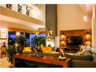 Bold + Contemporary Penthouse @ Plaza Athenee