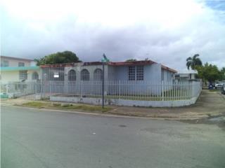 ALTURAS DE FLAMBOYAN- ESQUINA