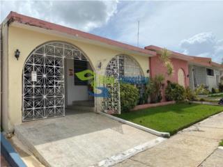 Casa Grande en Urb. San Salvador