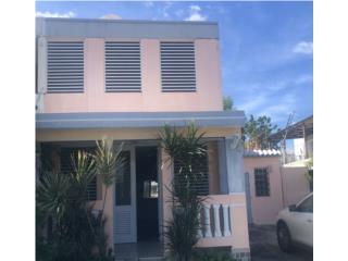 Mansiones de Villa Carolina, 4H/3B, Family