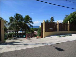 Punta Jacinto, Guanica 2 Aptos 2 Niveles