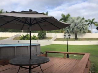 Preciosa casa , inmenso patio , placas solare