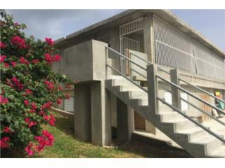 Fully Remodeled 2/2 One Block From Beach
