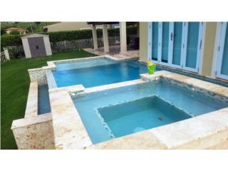 Surnise: 4 BEDS/2.5 BATHS INFINITY POOL OPTIONED