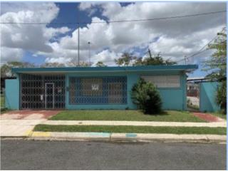 Casa 3hab, 2ba, 445 m/c Zoned CL-1 $225K