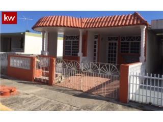 URB. SAGRADO CORAZÓN, CASA EN GUANICA