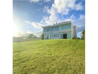 EXCLUSIVE TWO-STORY HOUSE PASEO SAN JUAN