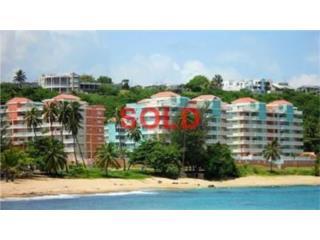 Second Floor Apt, 1600 sq ft, Pool, Beach!