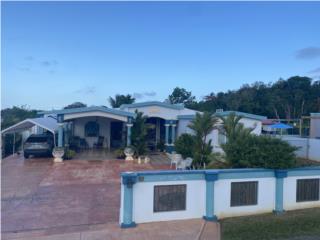 Moderna y amplia residencia en Hatillo