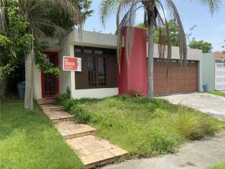 #32|Urb. Quintas de Cabo Rojo, Solar C-5