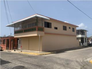 Excelente propiedad de esquina en Manati Pueblo