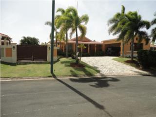 Casona Reyes Sabanera Dorado Energy Efficient Home