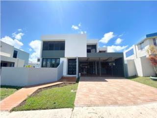 Urb. Mansiones Reales $485K