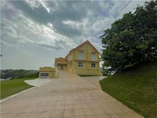 Espectacular propiedad con vistas a la Bahia