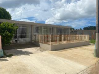 Casa en Urb. Santa Juanita bayamon