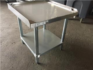 variedad de tamaños mesas stainless steel , Puerto Rico