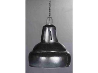 Lámpara estilo industrial color negro, Puerto Rico