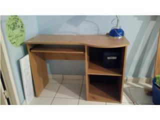 Inexpensive small student desk, Puerto Rico