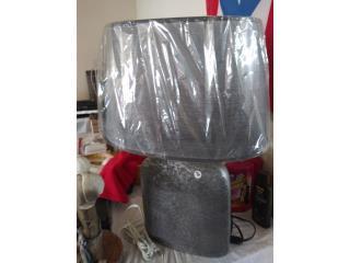 Lampara de mesa gris ceramica $40, Puerto Rico