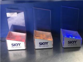 """Mostradores de licor """"SKY"""", Puerto Rico"""