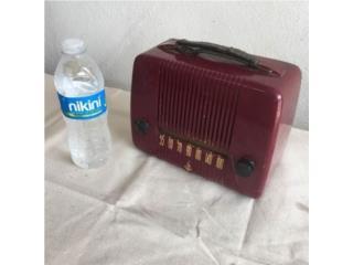 Emerson Radio 1940's. Portable. Portátil , Puerto Rico