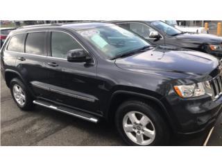 Grand Cherokee 2013 negra estribos ect, Jeep Puerto Rico