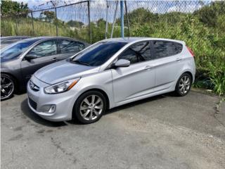 Hyundai Accent hatchback, Hyundai Puerto Rico