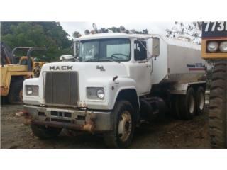 MACK RD688ST 1989, Equipo Construccion Puerto Rico