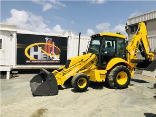 2003 New Holland LB75B , Equipo Construccion Puerto Rico
