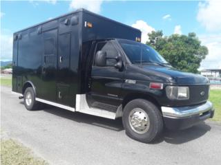Ford E-350 XLT Step Van 2003, Ford Puerto Rico