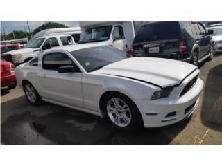 Precioso Mustang V6 , Ford Puerto Rico
