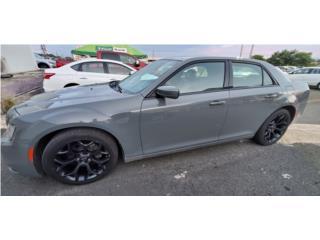 300 S *No pague sobre $35k, Ahorre MILES*, Chrysler Puerto Rico