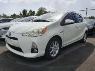 PRIUS C HIBRIDO | POCO MILLAJE 939-272-4512, Toyota Puerto Rico