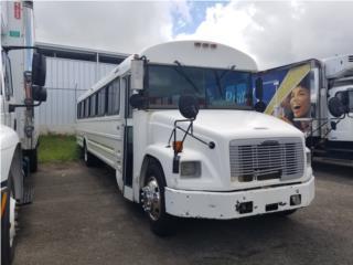 Autobus Guagua FL70, FreightLiner Puerto Rico