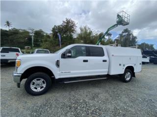250 Lariat SuperDuty Service Body Importada, Ford Puerto Rico